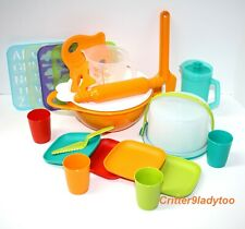 NEW Tupperware Childs Kids Cake Taker Mixing Bowl Set plus Stencils