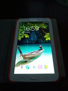 Tablette SAMSUNG GALAXY TAB 3 T210 8GB
