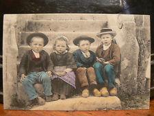 cpa 29 les petits gars de saint herbot enfants bretons costume