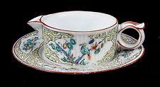 Ancienne tasse de malade en porcelaine de Chantilly / Samson