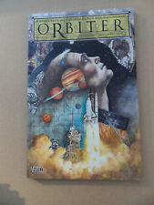 Orbiter . Graphic Novel . W.Ellis / C. Doran . DC / Vertigo 2003. VF - minus