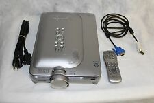 SHARP NOTEVISION M20X DIGITAL VIDEO PROJECTOR WITH REMOTE AND CARING CASE