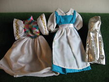 ROBES POUR  BARBIE   LOT DE 3    BARBIE    N °   6  .7    C