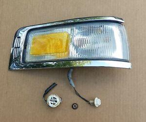 1995 1996 1997 LINCOLN TOWN CAR Turn Signal Side Marker Cornering Light Lamp RH