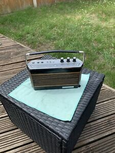 Vintage 4-Band Radio For Spares Or Repairs