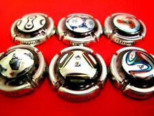 Série de 6 New. capsules de champagne Veuve ELEONORE, ballons de football