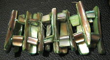 Very pretty shell decorated elasticated bracelet in a gorgeous green