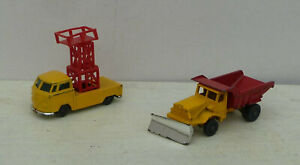 Model commercial vehicles by Corgi - 'Husky' series. Nos. 12a-1 and 16a-1