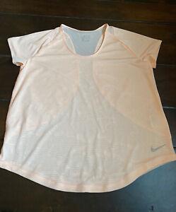 New Nike Women's Dri-Fit Short Sleeve Peach Athletic Shirt Large NWOT