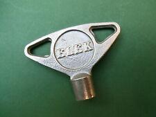Alte Schlüssel - gut erhaltener Dreikantschlüssel - 9mm Innendreikant