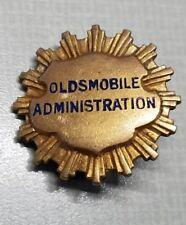 OLDSMOBILE ADMINISTRATION EMPLOYEE SERVICE GOLD FILLED PIN LANSING PINBACK GM