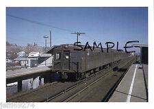 NYC S.I.R.T JEFFERSON AV ELEVATED SUBWAY STA w Standard Steel Train PHOTO 1960s