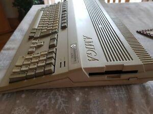 Commodore Amiga 500 mit Zubehör