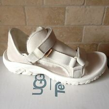 6bf346a31a4c UGG TEVA COLLAB WHITE SHEEPSKIN STRAPPY SANDALS SIZE US MENS 6   WOMENS 8