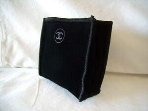 Authentic CHANEL Black Velveteen Pouch for Compact or Makeup Case - NEW