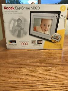 Kodak EasyShare M820 Digital Photo Frame 8""