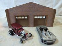 CUSTOM BUILT STURDY/QUALITY TWO CAR GARAGE/EASY ASSEMBLY 1:24 Diorama