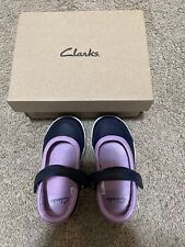 Clarks Softly Toby First Toddler Girl Shoes Size 5 1/2 Navy