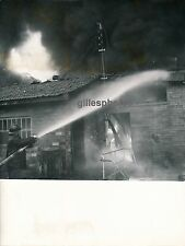 PARENTIS EN BORN c. 1950 - Incendie Usine Landes - DIV545