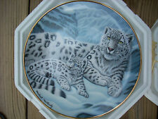 Franklin Mint Porcelain & Gold Plate Snow Leopards by Michael Matherly