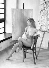 Dar329  beautiful nude girl original black and white medium format film negative