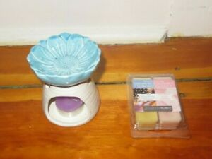 6 Scented  wax melts  Luminessence and wax warmer set flower