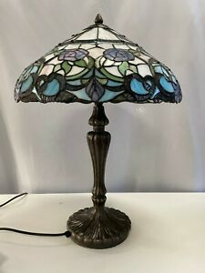 Tiffany Lamp Blue Purple Shade. Fully Working