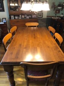 SOLID CHERRY DINING ROOM SET