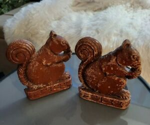Very Old  PAIR OF RUSTIC SQUIRREL RESIN BOOKENDS