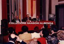 FOTO CONFERENZA STAMPA CITTA' DI ALBENGA SINDACO ANGELO VIVERI 1980ca C7-299
