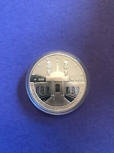 1984 S Olympics Commemorative Silver Dollar Proof 99.99% Silver