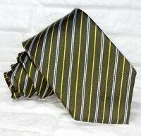 Cravatta Verde Regimental Made in Italy seta top quality business matrimoni