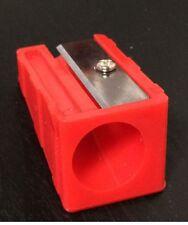 Jumbo agujero Sacapuntas para Lápices gigante 17 mm (1.7 cm) de color rojo de cuerpo