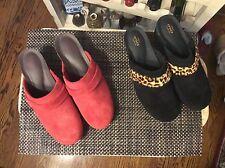 Crocs Womens Sarah Suede Clog Sz W7 Black or Red or Maroon