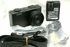 Sigma DP2 Merrill digital camera with accessories *46 effective MP Image sensor