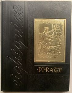 1989 WINFIELD HIGH SCHOOL YEARBOOK, THE PIRATE, WINFIELD, AL