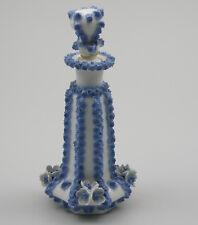 Porzellanflakon  Flakon deutsch um 1870-80 Blau weiss Blütenbelag Parfumflakom