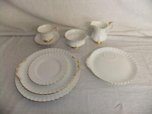 c4 Porcelain Royal Albert Bone China - Val D'Or - white & gilded edge - 6E4B