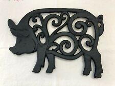 Pig Trivet Cast Iron Swirls Black 10