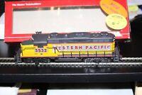 HO scale Mantua GP-20 Diesel Locomotive NIB #424-005  Road Western Pacific #3532