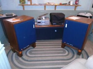 Pair Vintage JBL 4333a Studio Monitors Professional Series Speaker w  stands