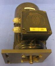 LENZE D-71332 230/400V 50Hz 670 1/MIN ELECTRIC MOTOR MDEMABR 071-34