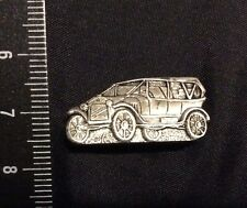 """USSR Russia Pin Old Badge. Very Nice Car. Automobile Russe """"Russo Balt"""""""