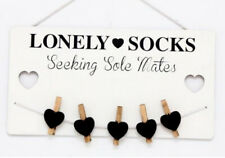 WOODEN LONELY  SOCKS SEEKING SOLE MATES PEG LAUNDRY ROOM PLAQUE WALL LOST SIGN
