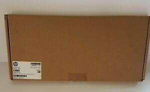 Hewlett Packard 826367-131 SPS-KYRD TP Port Keyboard (Portuguese)