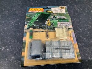 Dinky Toys 1029 Ford D800 Tipper Truck Action Kit