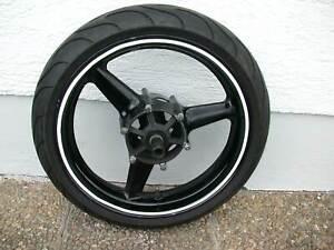 Vorderrad mit Reifen front wheel with tire Yamaha YZF-R6 RJ03 1999 - 2002