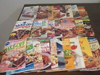 LOT of 27 Pillsbury Booklet Cookbooks Recipes - Great Selection