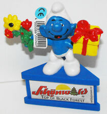 Smurf Gift Flowers Figurine on Stand Schunwold Top of Black Forest Promo Figure