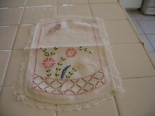 Small Vintage Embroidered Runner Doily Butterfly Pink Floral Design Lace Edge